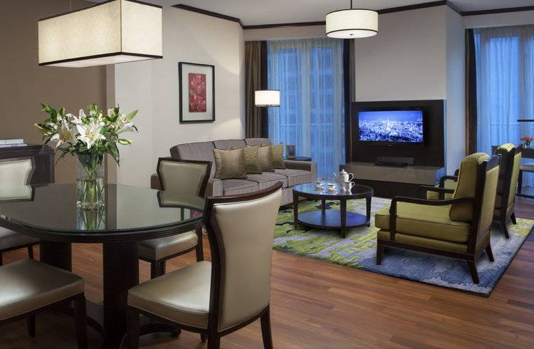 luxury service apartment hong kong